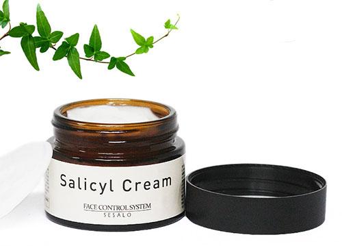 ELIZAVECCA Крем для лица салициловый с эффектом пилинга Salicyl Cream 50 мл