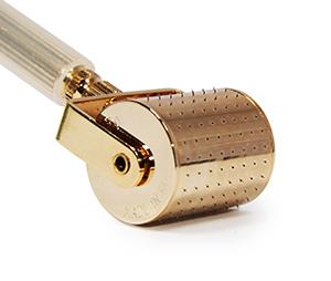 Мезороллер премиум класса с позолоченными иглами 192 шт длина 0,5 мм