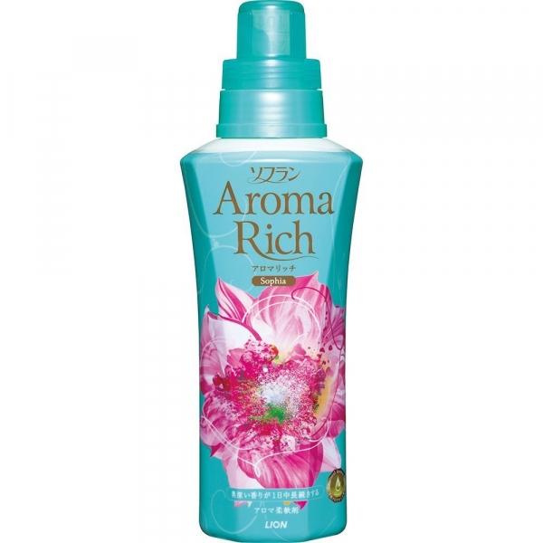 LION Aroma Rich Кондиционер для белья Sofia с женственным цветочным ароматом флакон 600 мл