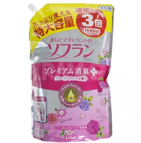 Кондиционер для белья с цветочным ароматом LION Soflan мягкая упаковка 1440 мл